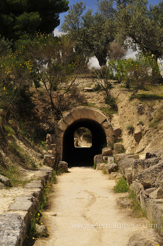 Ancient-Nemea-1-www.eternalgreece.com-by-E-Cauchi-0022