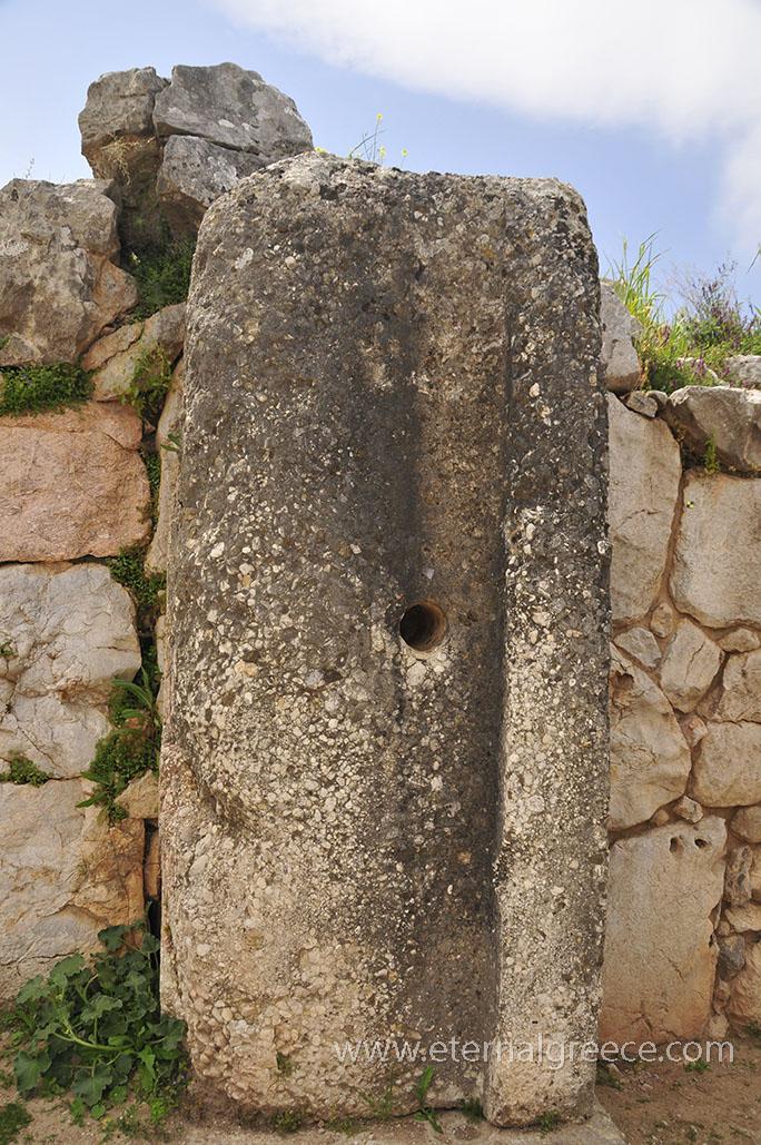 Ancient-Tiryns-1-www.eternalgreece.com-by-E-Cauchi-0009