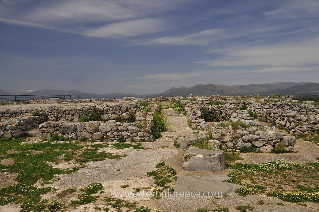 Ancient-Tiryns-1-www.eternalgreece.com-by-E-Cauchi-0010