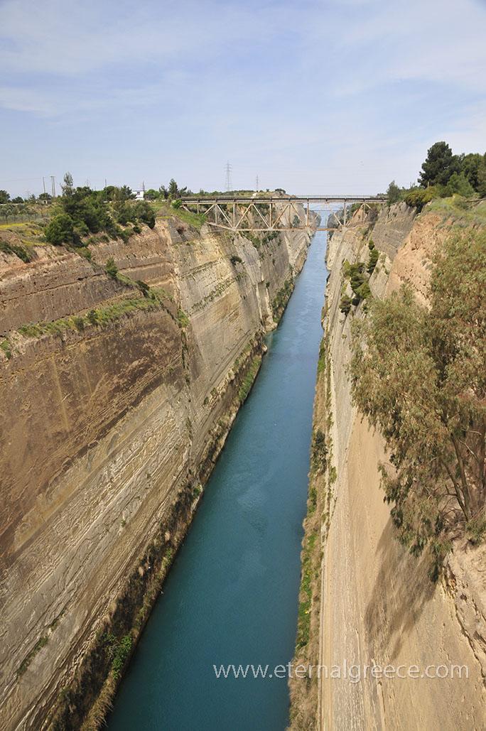 Corinth-Canal-1-www.eternalgreece.com-by-E-Cauchi-0109